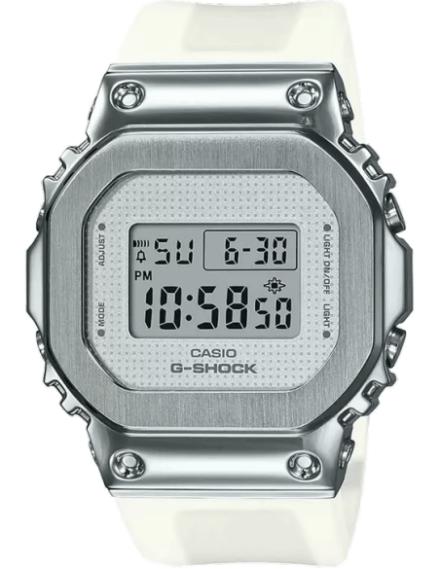 G1104 GM-S5600SK-7DR GSHOCK...